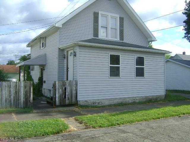 315 E 7th Street, Uhrichsville, OH 44683 - MLS#: 4201135