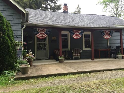 Photo of 1893 Dover Center Road, Westlake, OH 44145 (MLS # 4284138)