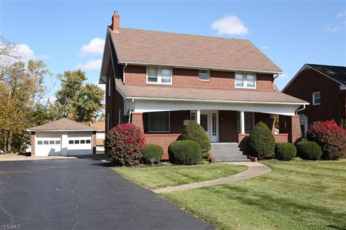 Photo of 242 E Midlothian Boulevard, Youngstown, OH 44507 (MLS # 4233141)