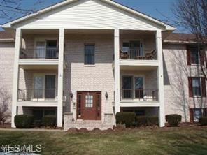 Photo of 816 Pearson Circle #2, Youngstown, OH 44512 (MLS # 4163155)