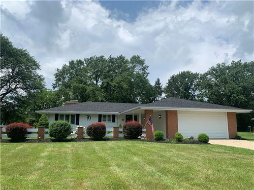 Photo of 17470 Greenbrier Drive, Strongsville, OH 44136 (MLS # 4298155)
