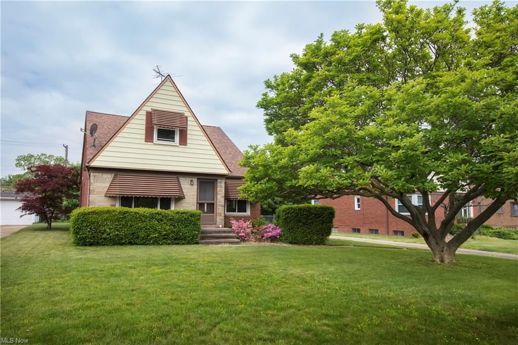 2756 Forestview Avenue, Rocky River, OH 44116 - #: 4283166