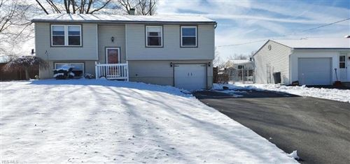 Photo of 5635 Stanford Avenue, Austintown, OH 44515 (MLS # 4168180)