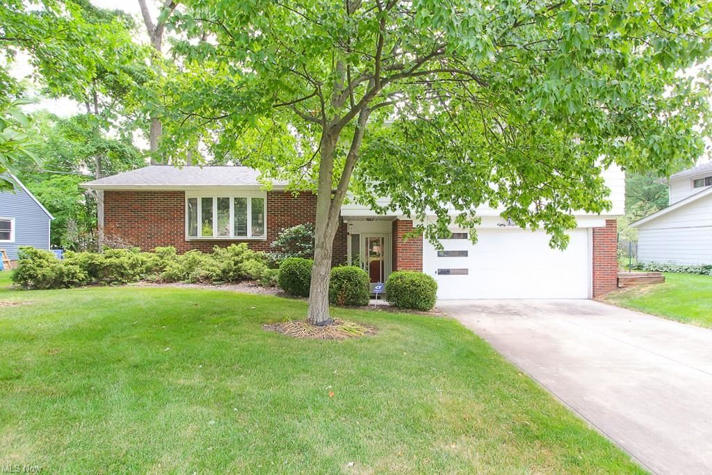 8041 Oxford Drive, Strongsville, OH 44149 - #: 4291187