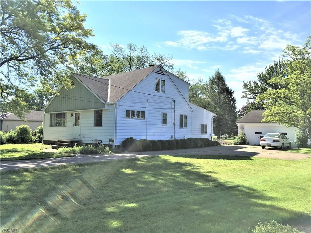 30691 Lorain Road, North Olmsted, OH 44070 - #: 4156194