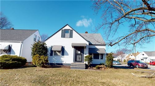 Photo of 27135 Forestview Avenue, Euclid, OH 44132 (MLS # 4258195)
