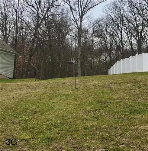 Photo of 6426 Valley Ranch Drive, Maple Heights, OH 44137 (MLS # 4316204)
