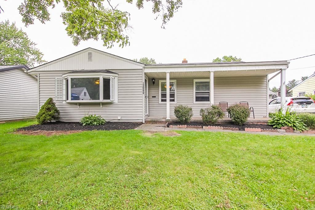 23080 Mildred Avenue, North Olmsted, OH 44070 - #: 4209206
