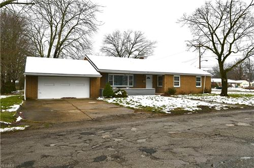 Photo of 2700 Goleta Avenue, Youngstown, OH 44505 (MLS # 4246212)