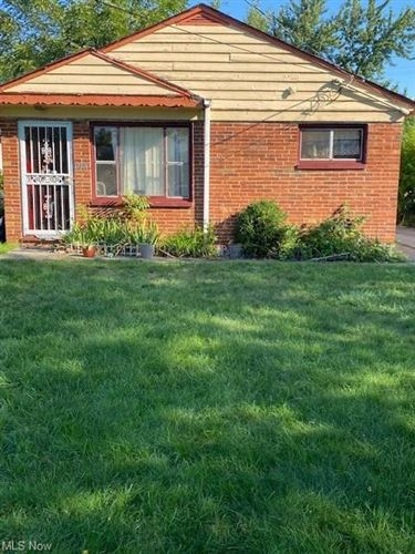 Photo of 17301 Lipton Avenue, Cleveland, OH 44128 (MLS # 4318215)