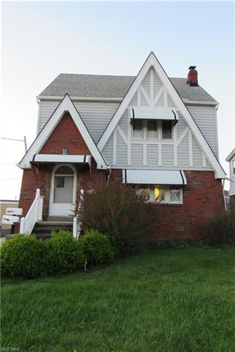 Photo of 7202 Gilbert Avenue, Parma, OH 44129 (MLS # 4270230)