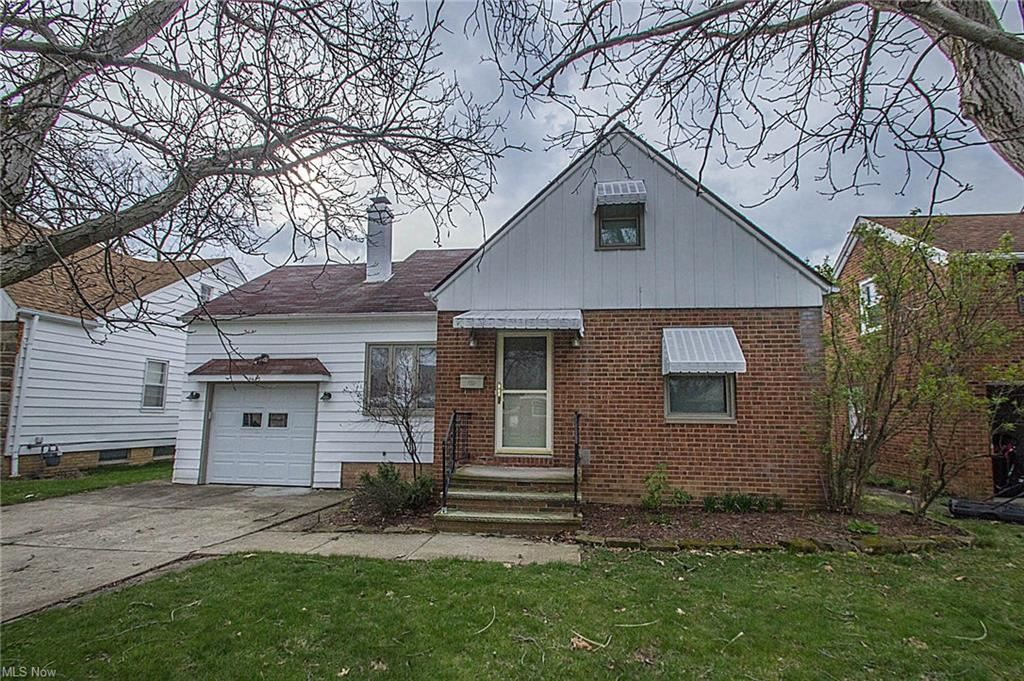7435 Lanier Drive, Middleburg Heights, OH 44130 - #: 4249230