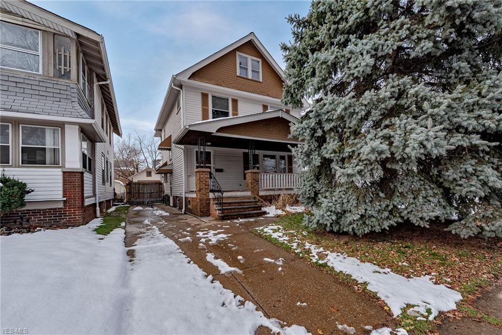 2088 Clarence Avenue, Lakewood, OH 44107 - #: 4244233
