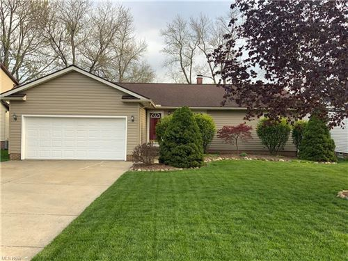 Photo of 15432 Longvale Avenue, Maple Heights, OH 44137 (MLS # 4275237)