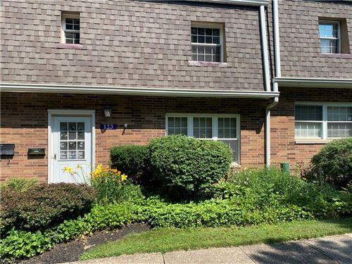 Photo of 123 Shakespeare Lane, Avon, OH 44011 (MLS # 4298245)
