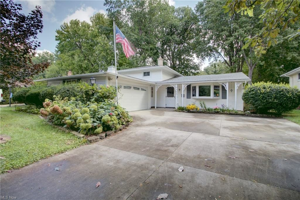 4665 Michael Avenue, North Olmsted, OH 44070 - #: 4314253