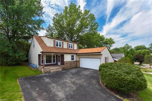 Photo of 23824 Glenhill Drive, Beachwood, OH 44122 (MLS # 4200257)