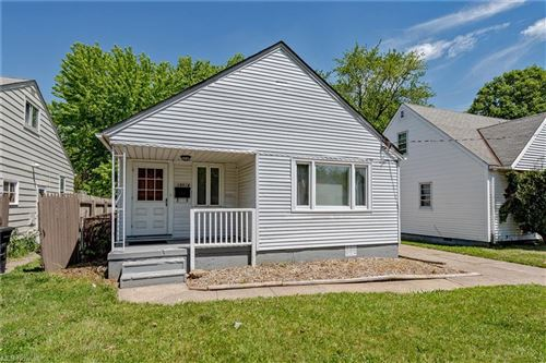 Photo of 18516 Rockland Avenue, Cleveland, OH 44135 (MLS # 4281258)