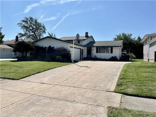 Photo of 3121 Nottingham Drive, Parma, OH 44134 (MLS # 4318277)
