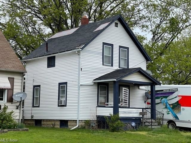 304 W 30th Street, Lorain, OH 44055 - #: 4277280