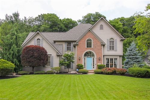 Photo of 30370 Oakwood Circle, North Olmsted, OH 44070 (MLS # 4291283)