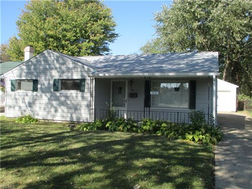 Photo of 1632 Country Club, Youngstown, OH 44514 (MLS # 4142286)