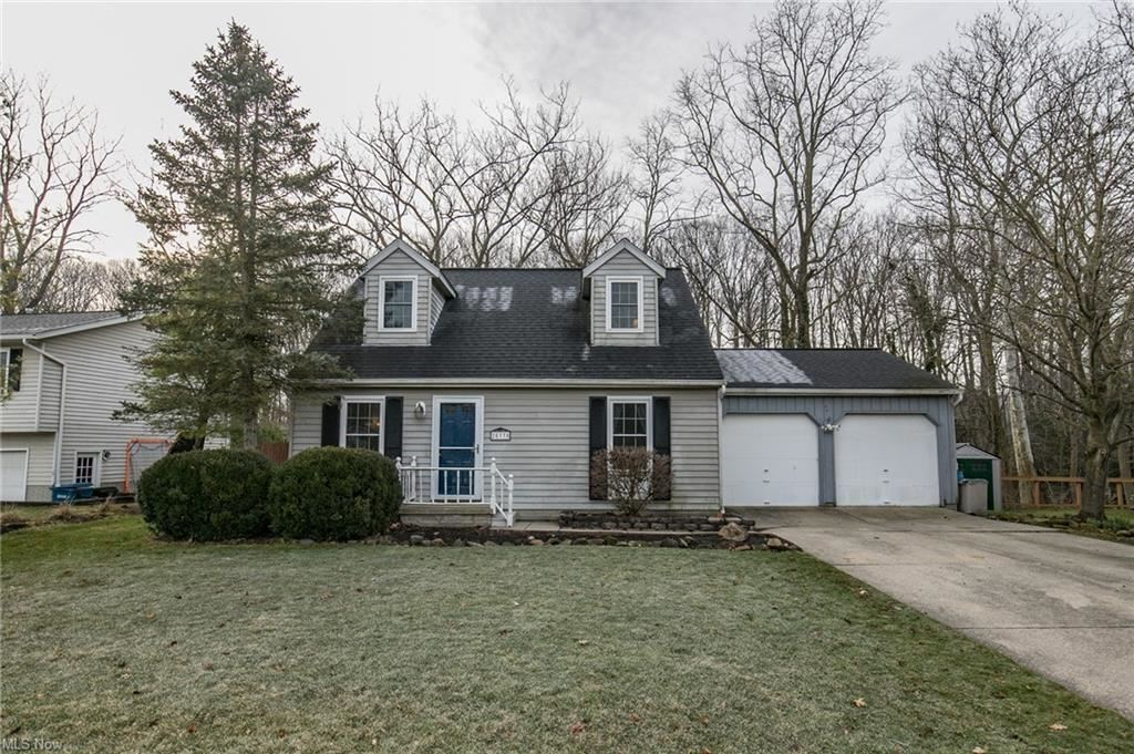 25335 Tyndall Falls Drive, Olmsted Falls, OH 44138 - #: 4255291