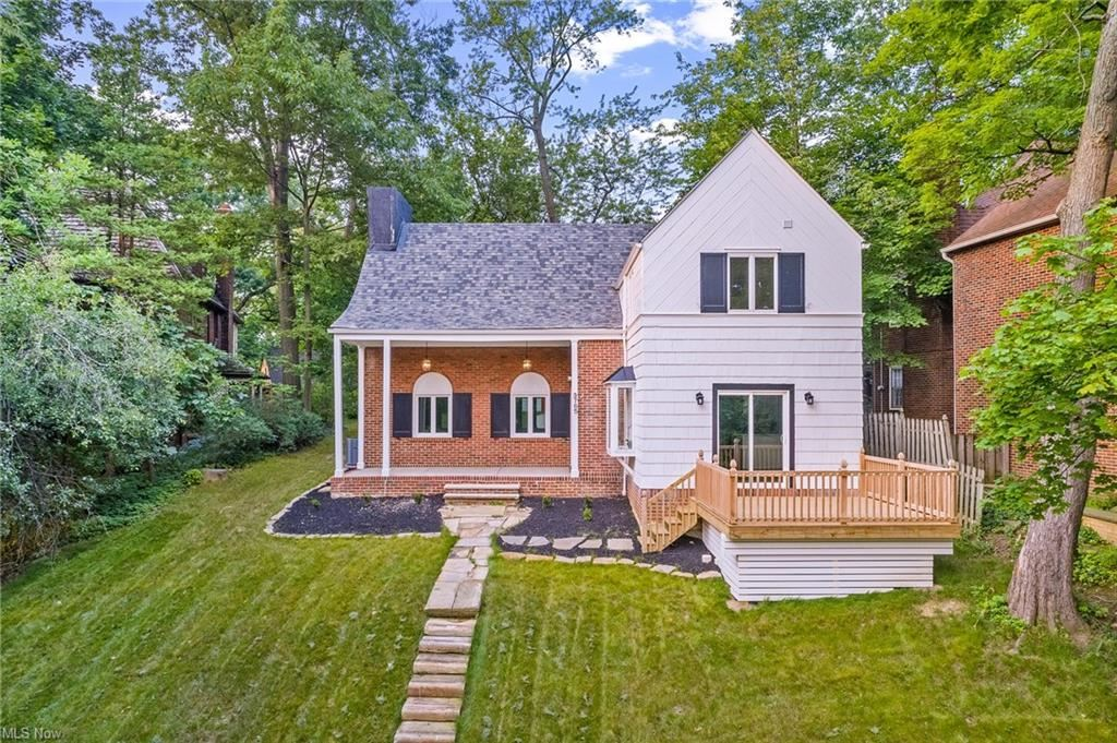 3765 Meadowbrook, University Heights, OH 44118 - #: 4301296