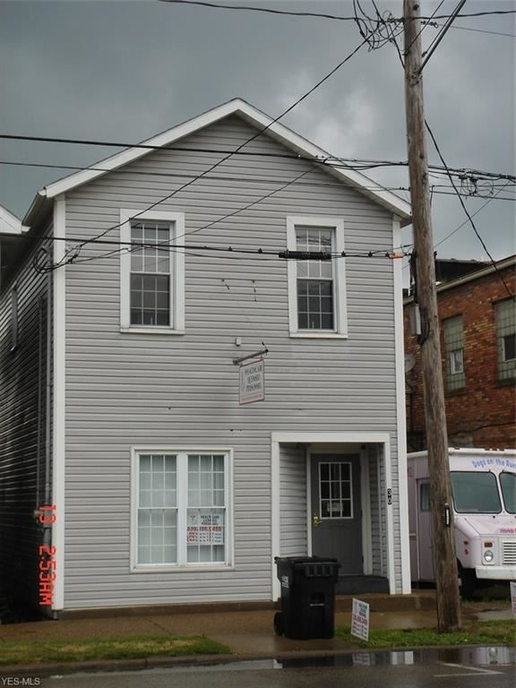 Photo for 30 W Main Street, East Palestine, OH 44413 (MLS # 4208298)