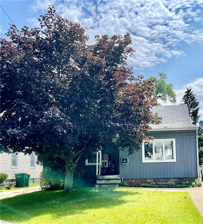 5185 Clement Avenue, Cleveland, OH 44137 - #: 4295301