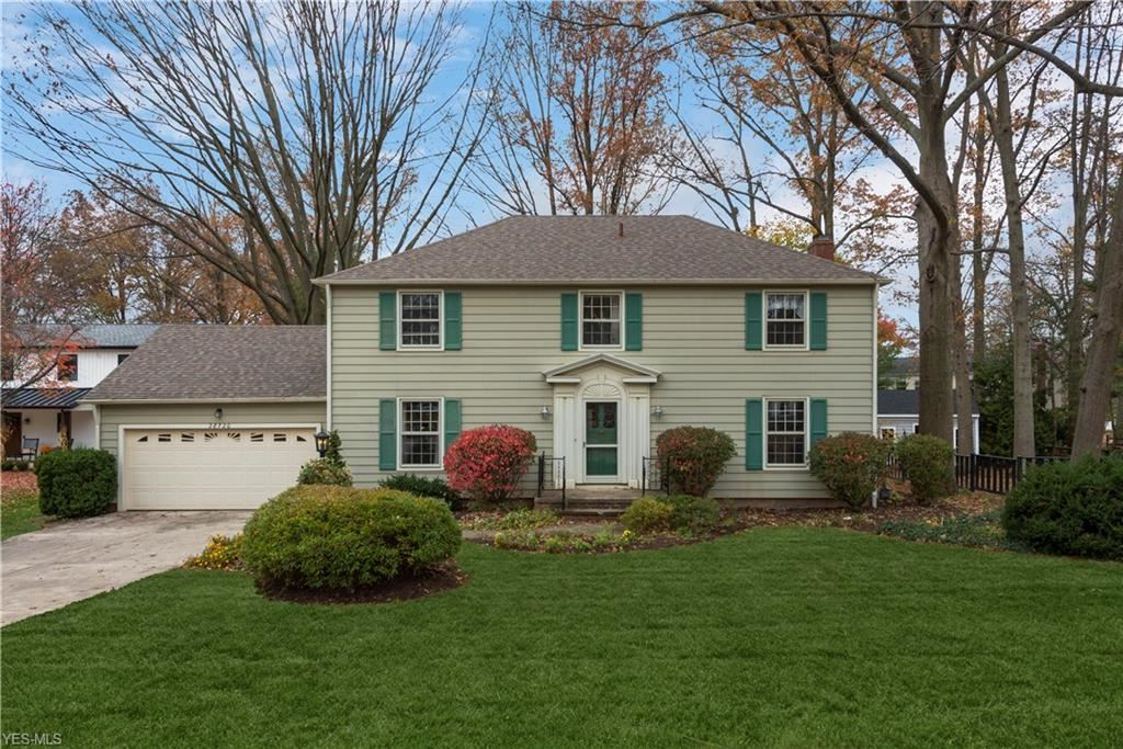 28720 Lincoln Road, Bay Village, OH 44140 - #: 4220309