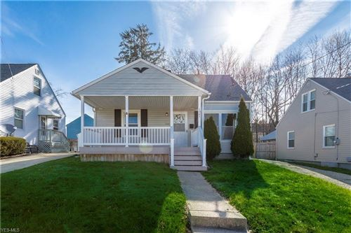 Photo of 1645 Highview Avenue, Akron, OH 44301 (MLS # 4180310)