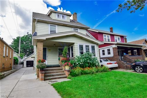Photo of 2212 Clarence Avenue, Lakewood, OH 44107 (MLS # 4317313)