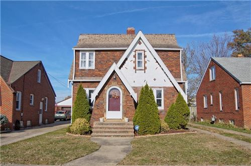 Photo of 2902 Russell Avenue, Parma, OH 44134 (MLS # 4150315)
