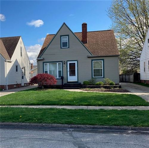 Photo of 7907 Dartworth Drive, Cleveland, OH 44129 (MLS # 4267316)
