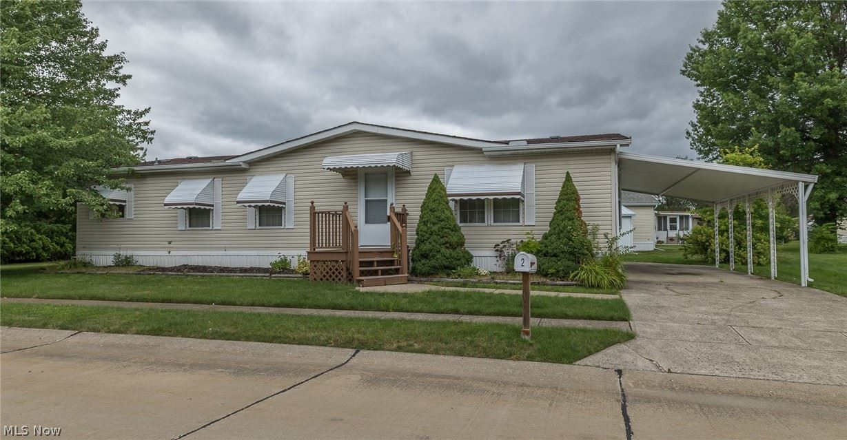 2 Symphony Street, Olmsted Township, OH 44138 - #: 4295328