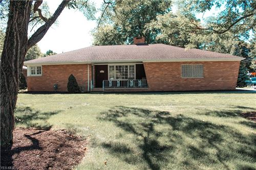 Photo of 14519 W Sprague Road, Strongsville, OH 44136 (MLS # 4225335)