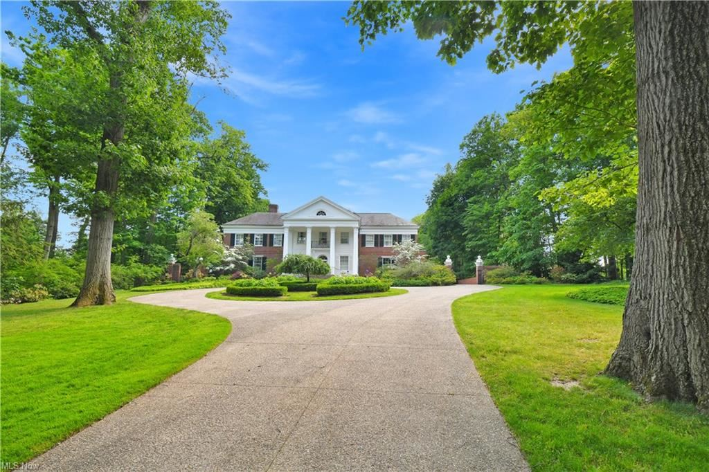 18200 S Park Boulevard, Shaker Heights, OH 44120 - #: 4253335