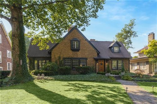 Photo of 2258 Demington Drive, Cleveland Heights, OH 44106 (MLS # 4318339)