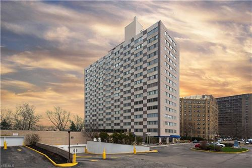Photo of 12520 Edgewater Dr #601, Lakewood, OH 44107 (MLS # 4088340)