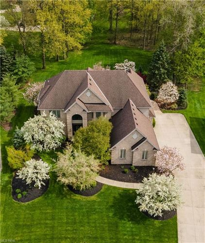 Photo of 29275 Hampshire Place, Westlake, OH 44145 (MLS # 4278341)
