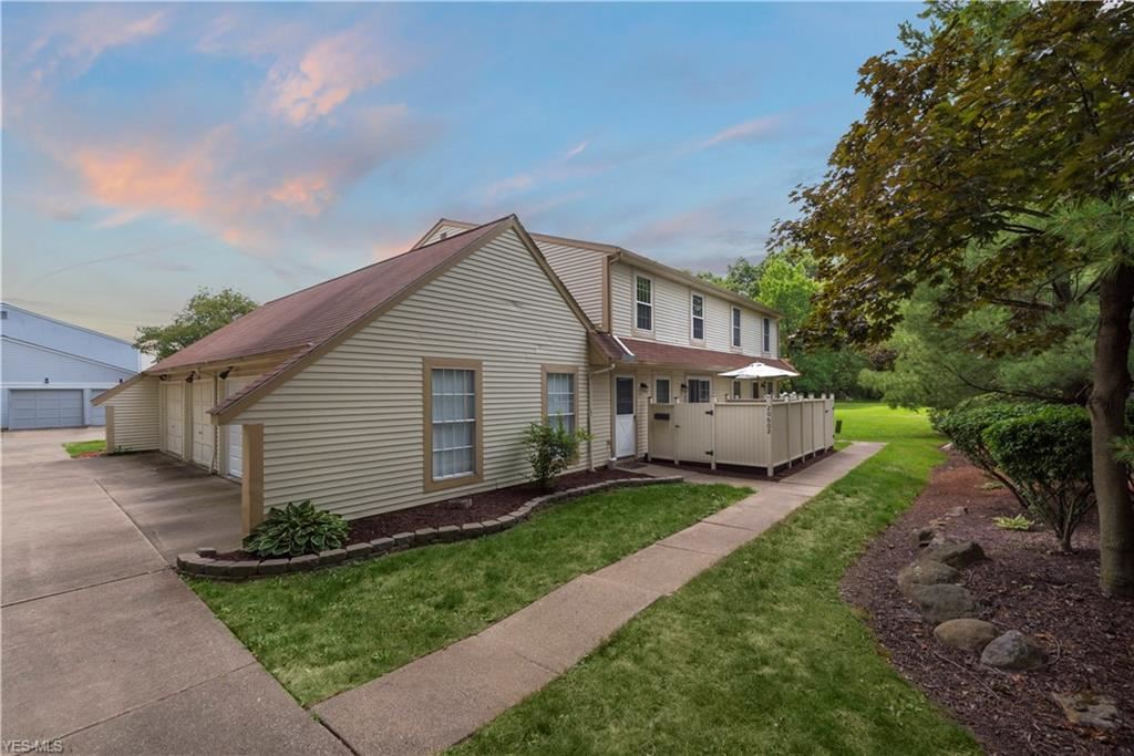 20602 Williamsburg Court #215A, Middleburg Heights, OH 44130 - #: 4214342