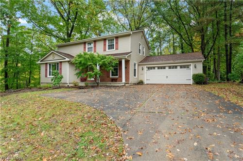 Photo of 775 Blueberry Hill Drive, Canfield, OH 44406 (MLS # 4324346)