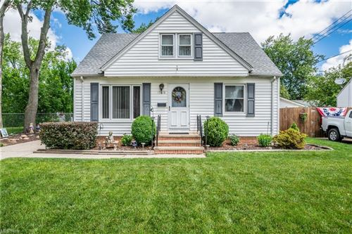 Photo of 15618 Margate Avenue, Cleveland, OH 44135 (MLS # 4291353)