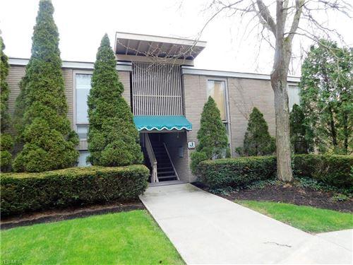 Photo of 6620 Chaffee Court #1-J, Brecksville, OH 44141 (MLS # 4188365)