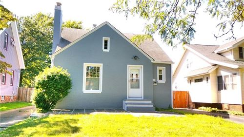 Photo of 1044 Oxford Road, Cleveland Heights, OH 44121 (MLS # 4315367)