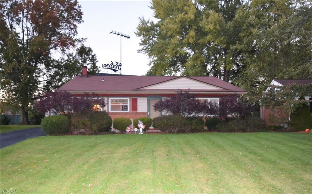 4482 Burkey Road, Youngstown, OH 44515 - #: 4231369