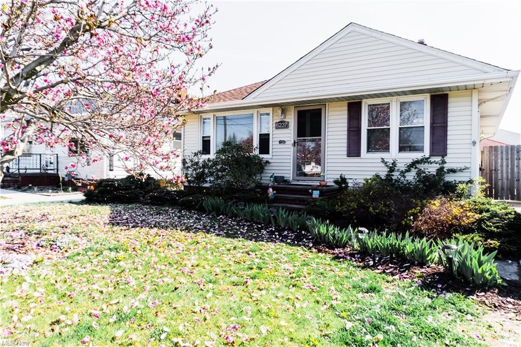 6237 State Road, Parma, OH 44134 - #: 4270371