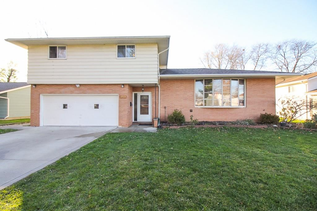 5832 Park Ridge Drive, North Olmsted, OH 44070 - #: 4241372