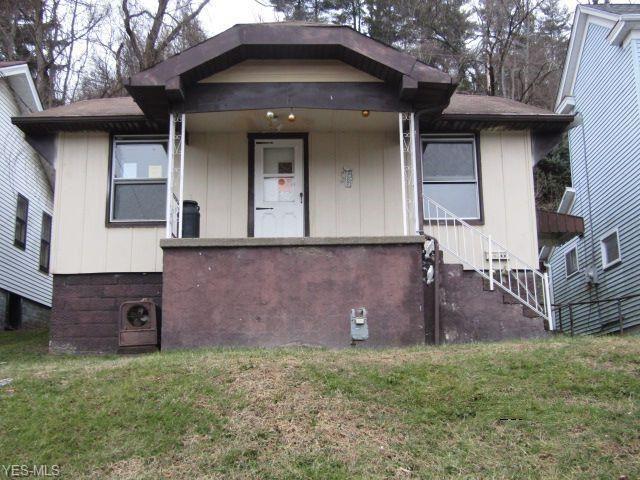10 Elm Street, Bridgeport, OH 43912 - MLS#: 4166376